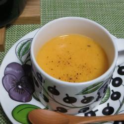 野菜不足にも最適な野菜たっぷりのポタージュスープ